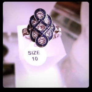(NWT) 925 Shappire Ring